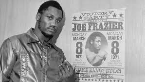 El legendario campeón de boxeo Joe Frazier