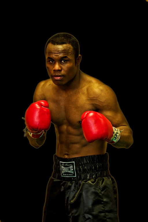 El boxeador profesional Nacho Mendoza