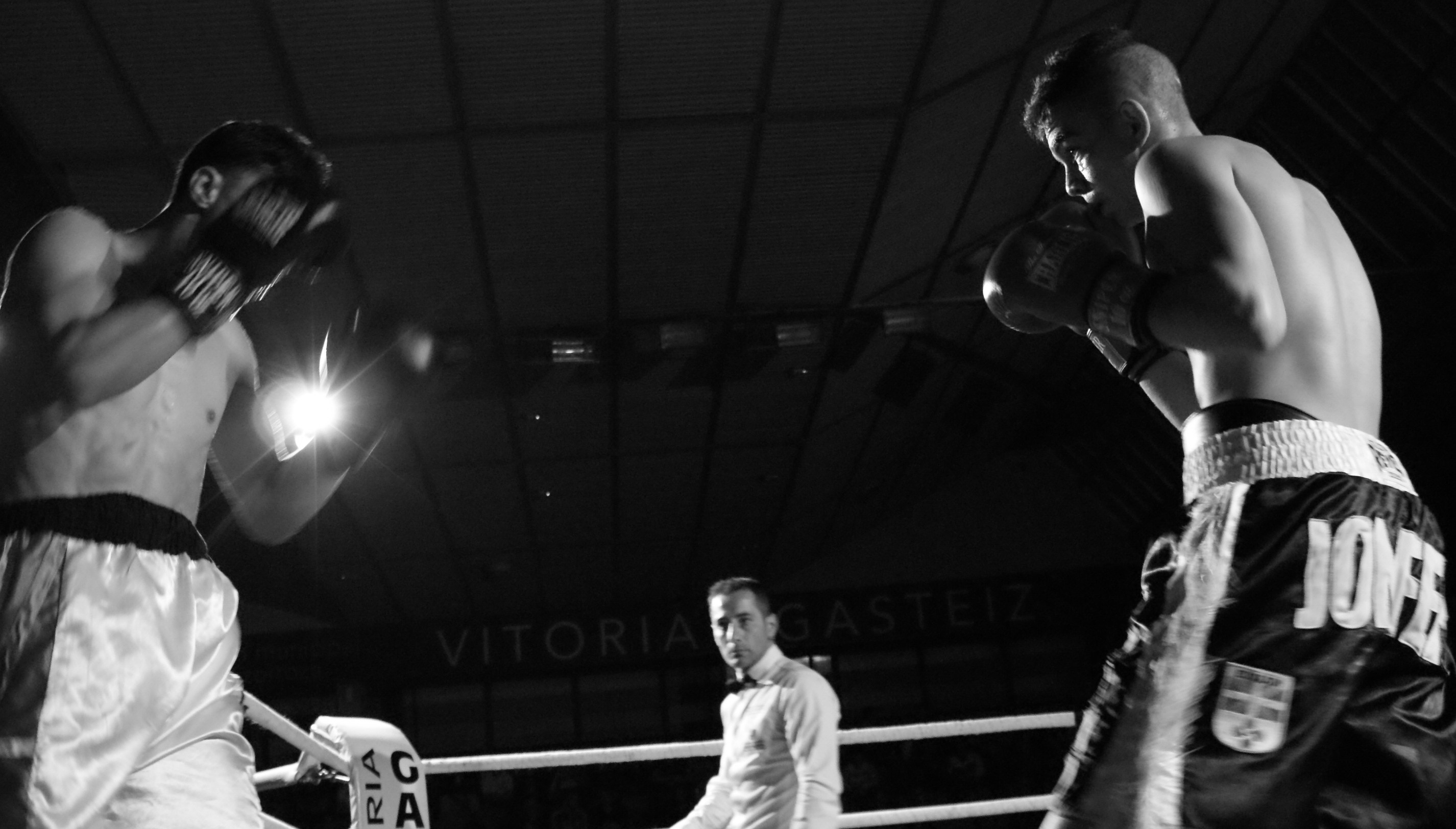 Jon Fernández y Zacarias, boxeo en Vitoria-Gasteiz