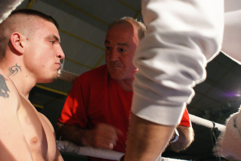 Kerman Lejarraga y Ezequiel Gurria, boxeo en Vitoria-Gasteiz