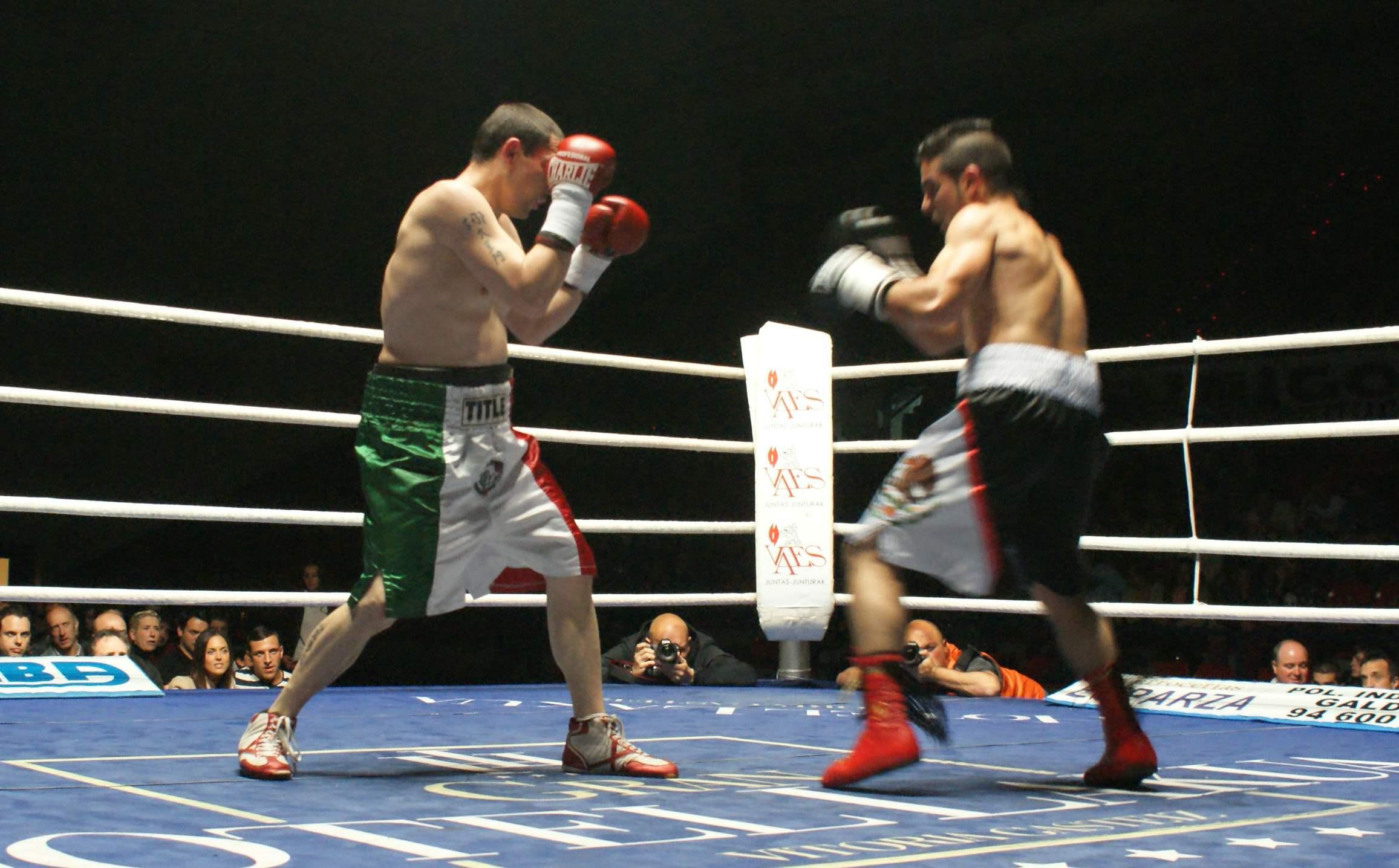 Boxeo profesional en Bilbao: Andoni Gago y Daniel Bueno