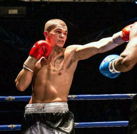 El boxeador marbelli Antoni Benítez durante un combate