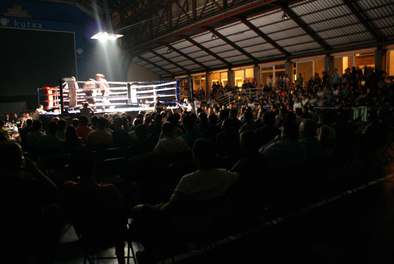 Gran ambiente en la tradicional velada de boxeo de Ordizia