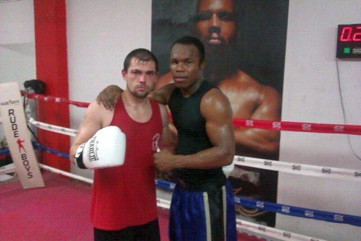 Los boxeadores profesionales Nacho Mendoza y Andoni Gago