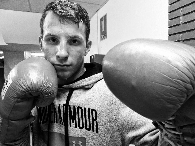 El boxeador Artem Sukhanov antes de su combate en Getxo