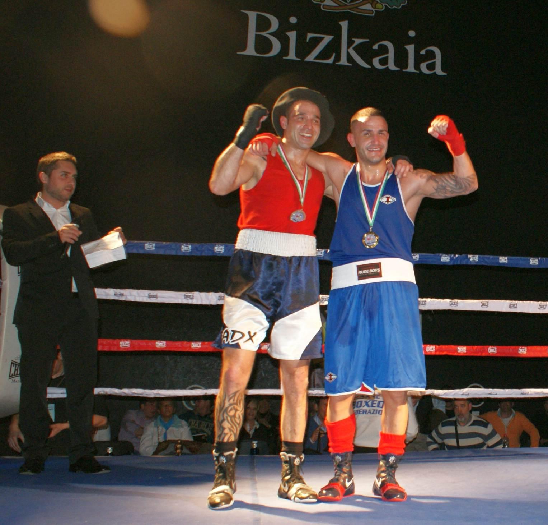 La experiencia y la variedad de golpes dieron la victoria a Kerman Castro frente a un corajudo Andoni González