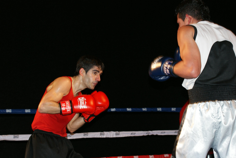 Peio Etxebarria y Luis Galindo protagonizaron un combate muy igualado.