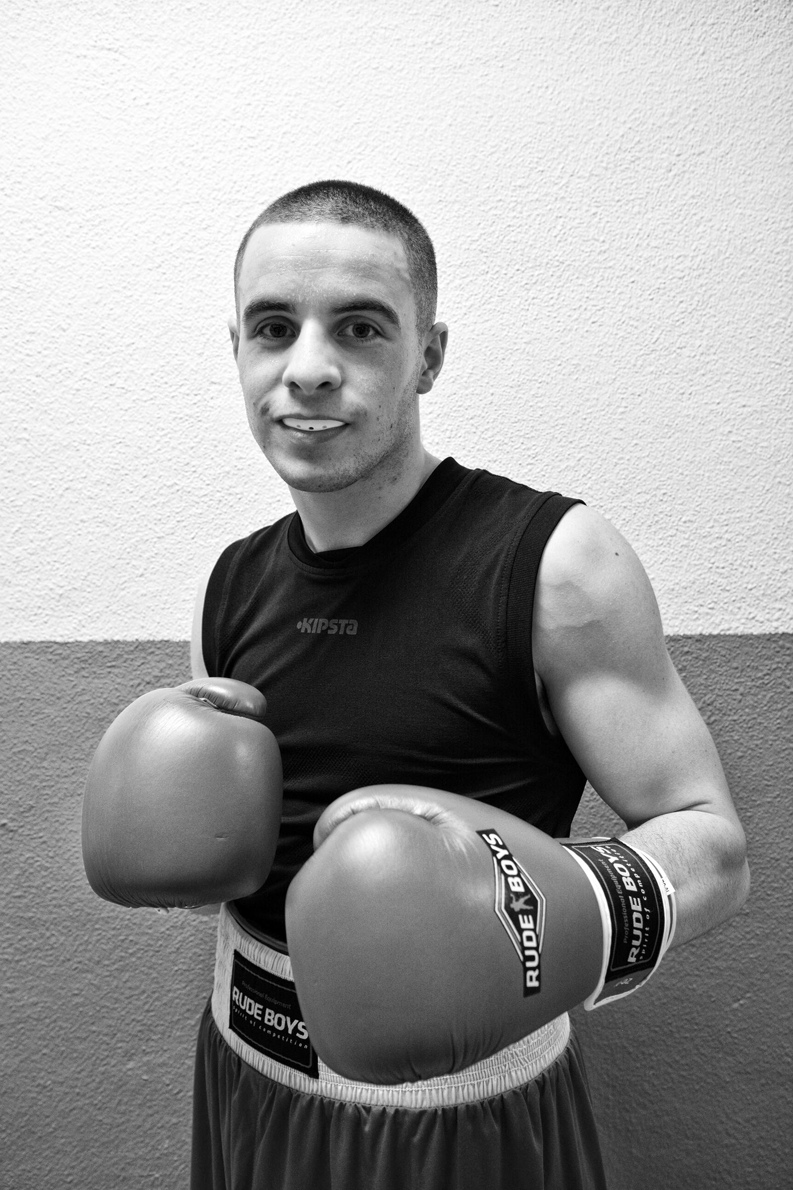 El boxeador Xabier Burgueño, dos veces campeón de Gipuzkoa del peso ligero, coprotagonista de una de las más bonitas peleas de la noche.