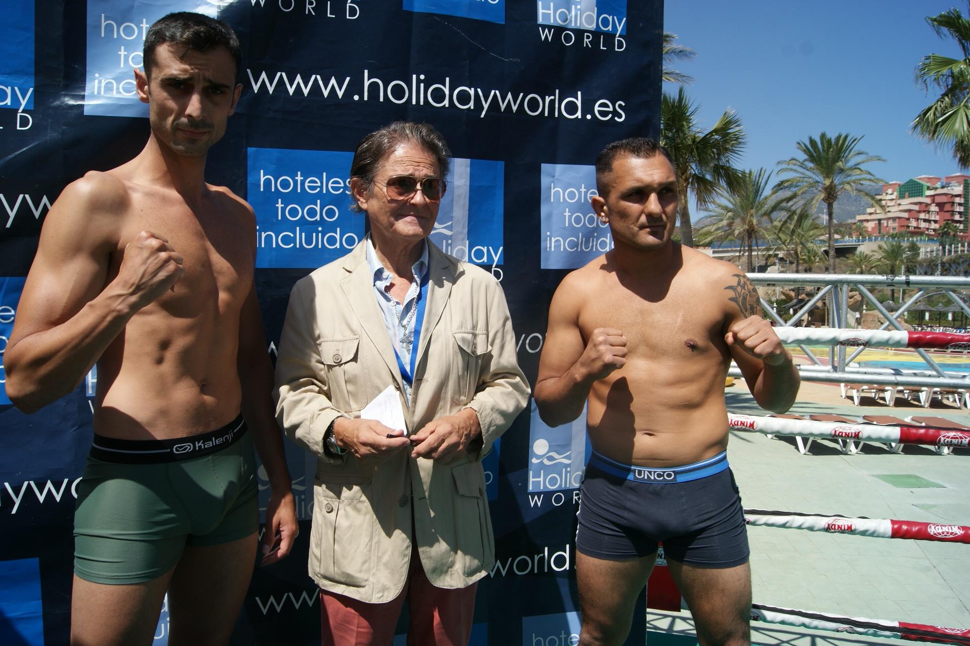 Clavero y John Micu con el señor Otero (presidente de la federación andaluza)