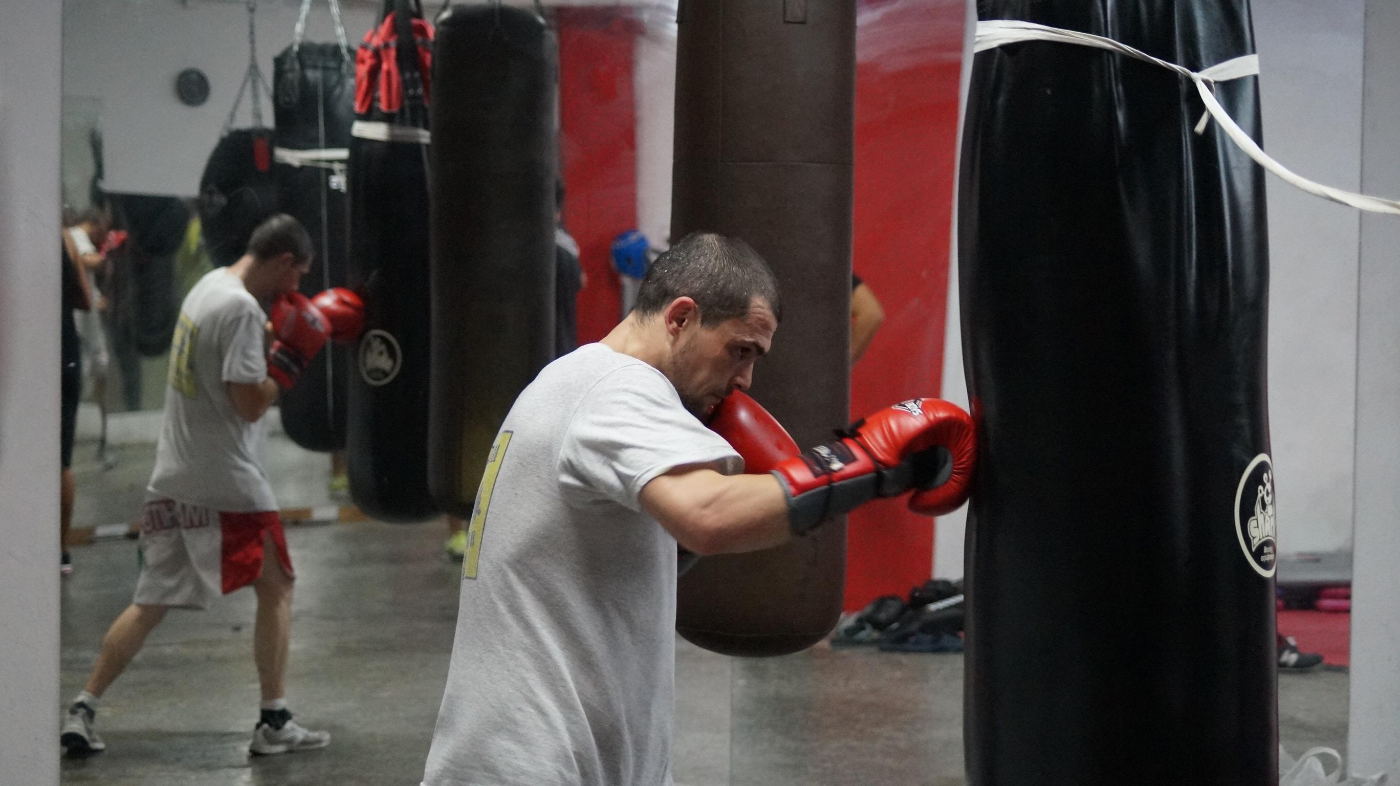 El boxeador profesional bilbaino, Andoni Gago, entrenando