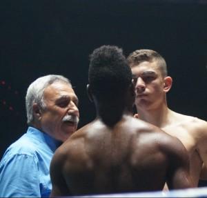 Jon Fernández y Sidney Cortez ofrecieron el combate de la noche.