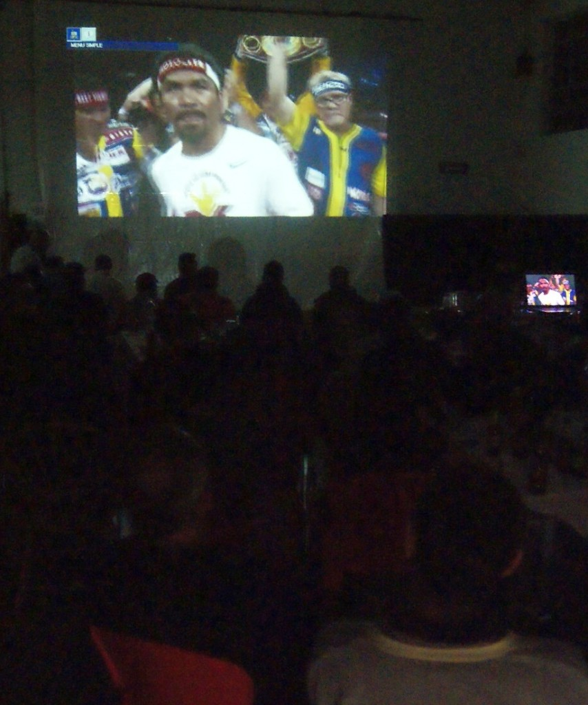Boxeo: el gimnasio Gasteiz Sport de Vitoria durante el Mayweather contra Pacquiao