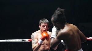 Boxeo profesional: Kerman Lejarraga vence a Jair Cortez por decisión unánime