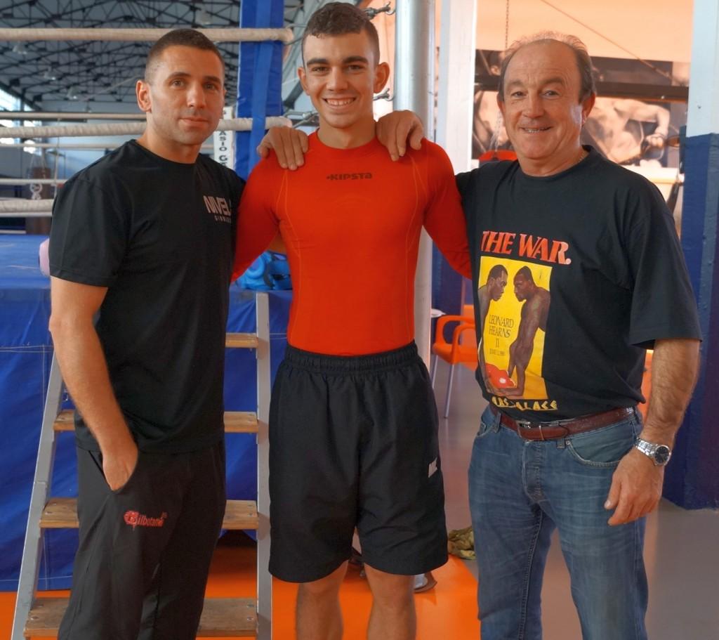 Igor Cabezas, nuevo entrenador de Jon Fernández, el boxeador y José Luis Celaya.