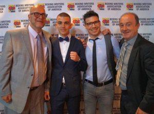 """Lou Dibella, el boxeador de Bilbao Jon Fernández, Sergio """"Maravilla"""" Martínez y José Luis Celaya (EuskoBox)"""