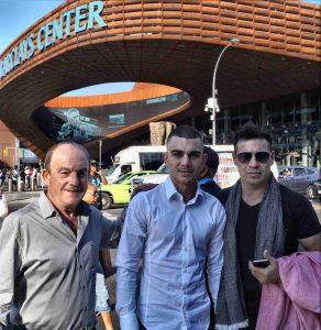 El boxeador de Bizkaia Jon Fernández con Maravilla Martínez y Celaya en Nueva York