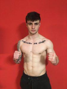 El joven boxeador harense Mikel Sánchez