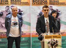 Andrey Tokarev, manager de Alexander de Podolsky y la concejal de Juventud y Deporte del Ayuntamiento de Bilbao, Ohihane Aguirregoitia, con Jon Fernández en un momento de la rueda de prensa.
