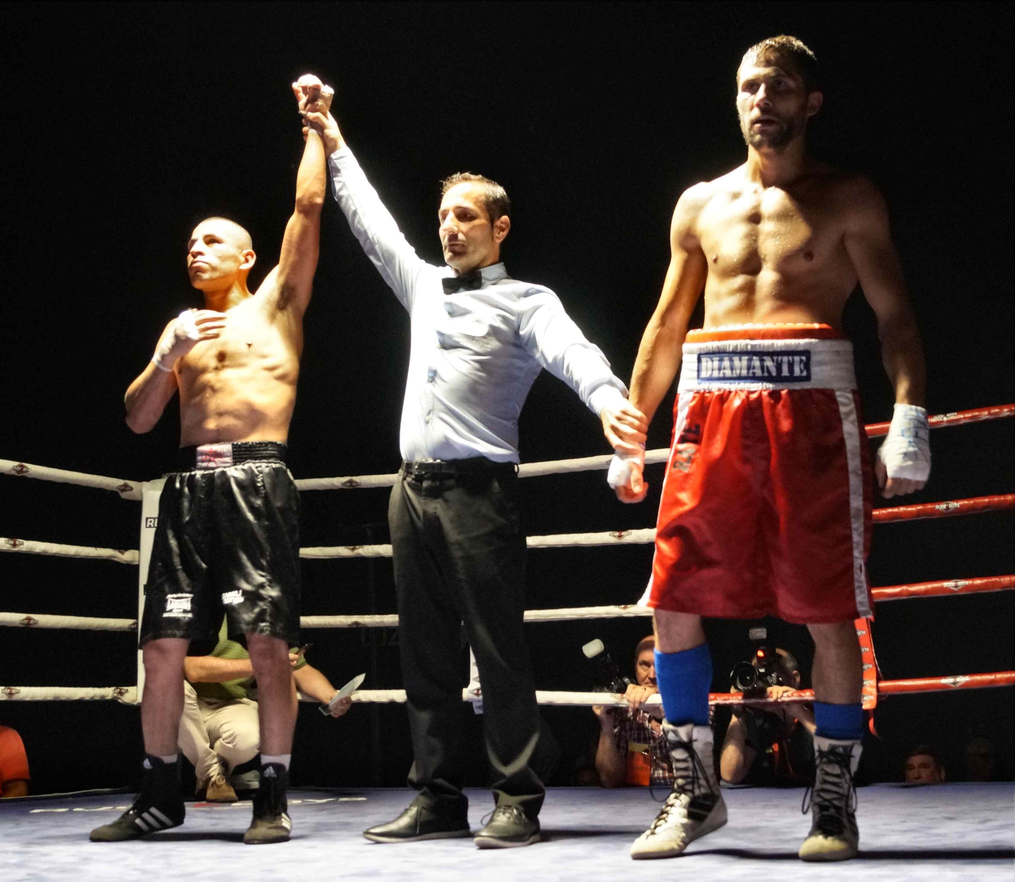 Ricardo Fernández es proclamado vendedor de su último combate este verano en Ordizia.