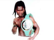 El boxeador profesional Fatiou Fassionou