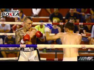 El boxeador profesional Fran Suaréz en el ring