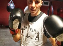 El boxeador olímpico getxoxtarra, Asier Larrinaga, en Bunk3r Boxing School