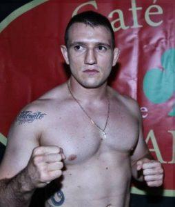 El boxeador profesional Javier Fuentes