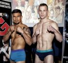 Los boxeadores profesionales Artem Sukhanov y Féliz Matamoros, en el peso para su combate de mañana en la localidad navarra de Berriozar
