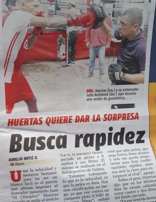 El boxeador Juan Huertas en la prensa de Panamá sobre su combate con Jon Fernández
